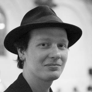 Ecuador: Immediately release software developer Ola Bini - Protection