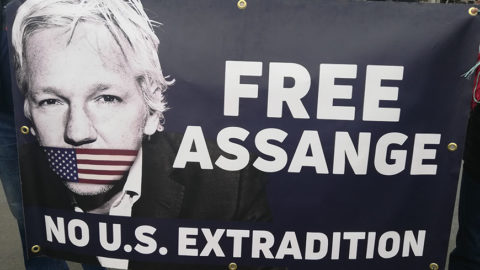 UK: Open letter calling for the release of WikiLeaks publisher Julian Assange - Protection