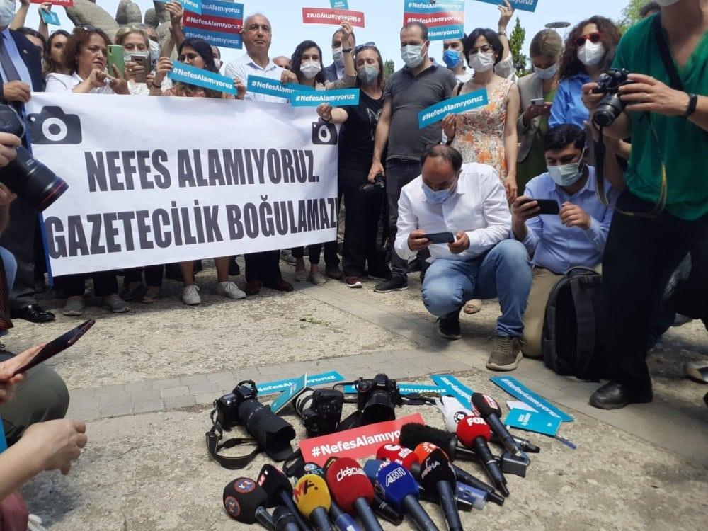 Turkey journalists nefes alamiyoruz protest