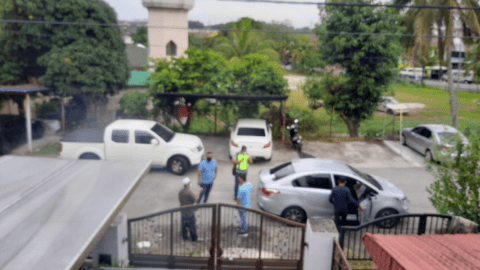 Malaysia: Police visits to the homes of peaceful protesters are excessive - Civic Space